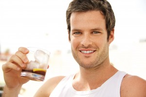 How does alcohol affect male fertility?